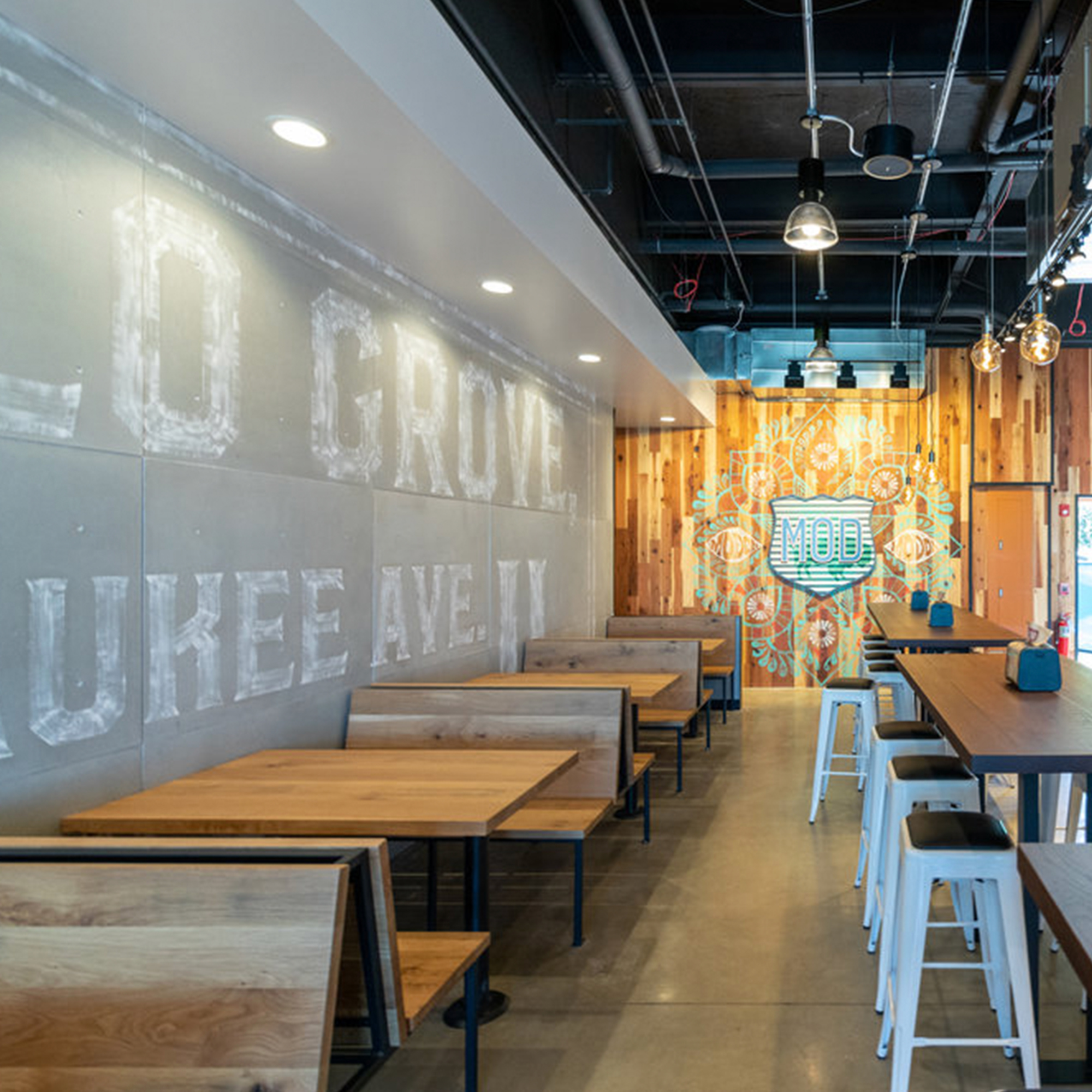 Booth   MOD Pizza
